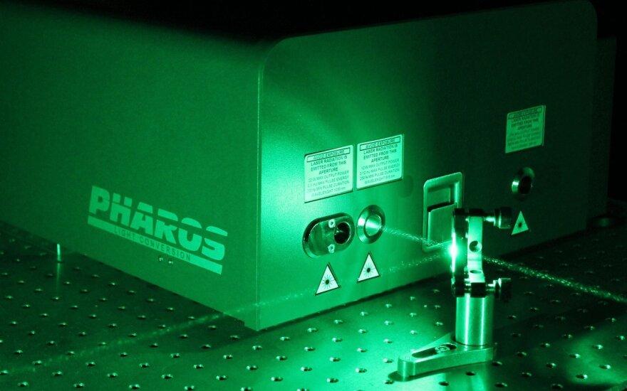Pharos lazeris