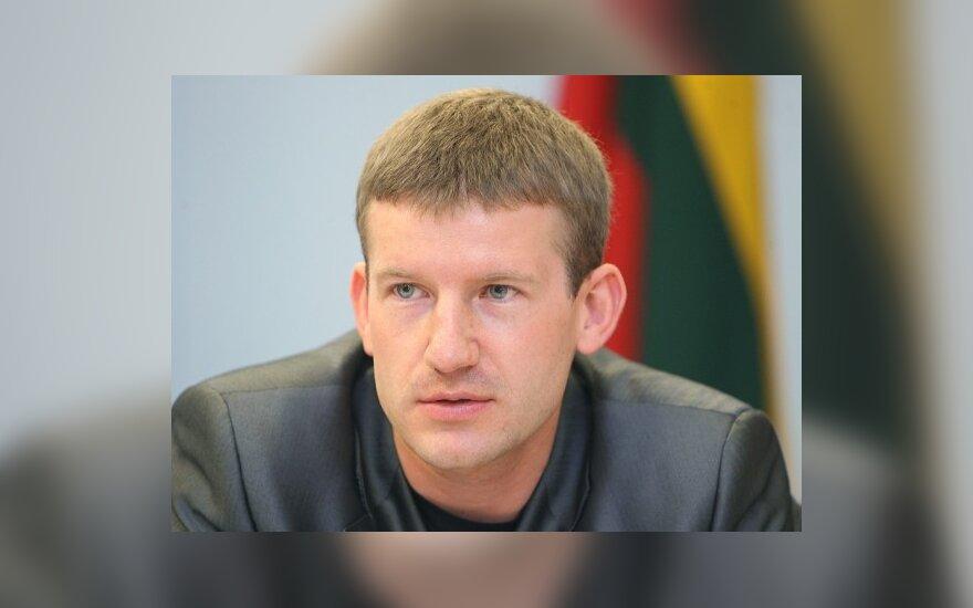 """Seimo Žmogaus teisių komitetas nepritaria """"nežmoniškai"""" Vyriausybės politikai"""