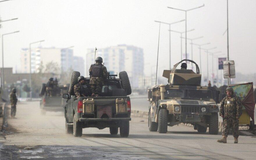 Afganistane per ataką patikros punkte žuvo keturi pareigūnai