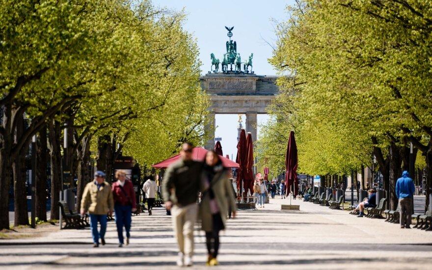 Vokietija pristatė naują 10 mlrd. eurų dydžio ekonomikos gelbėjimo paketą