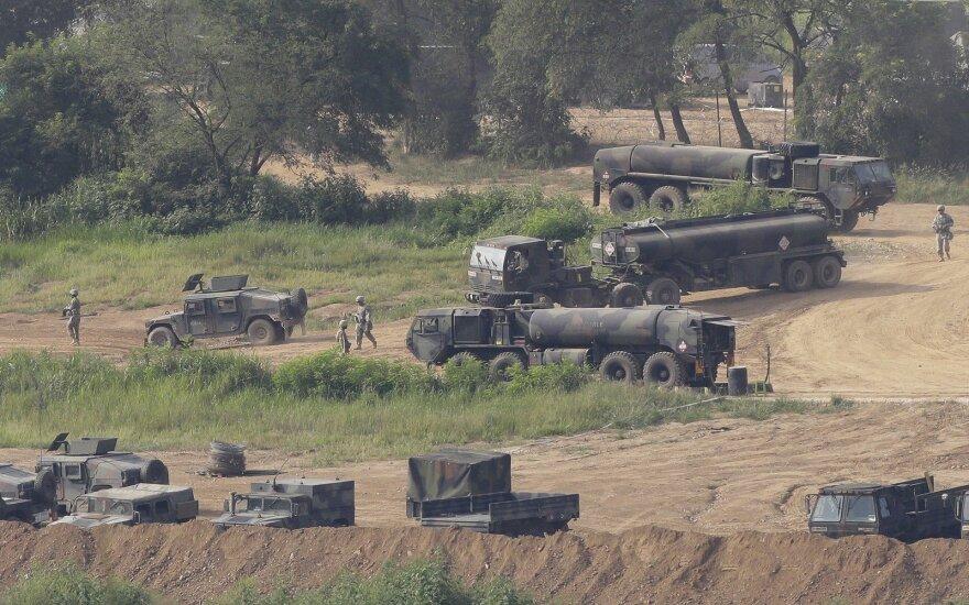 Pratybose JAV žuvo trys amerikiečių kariai