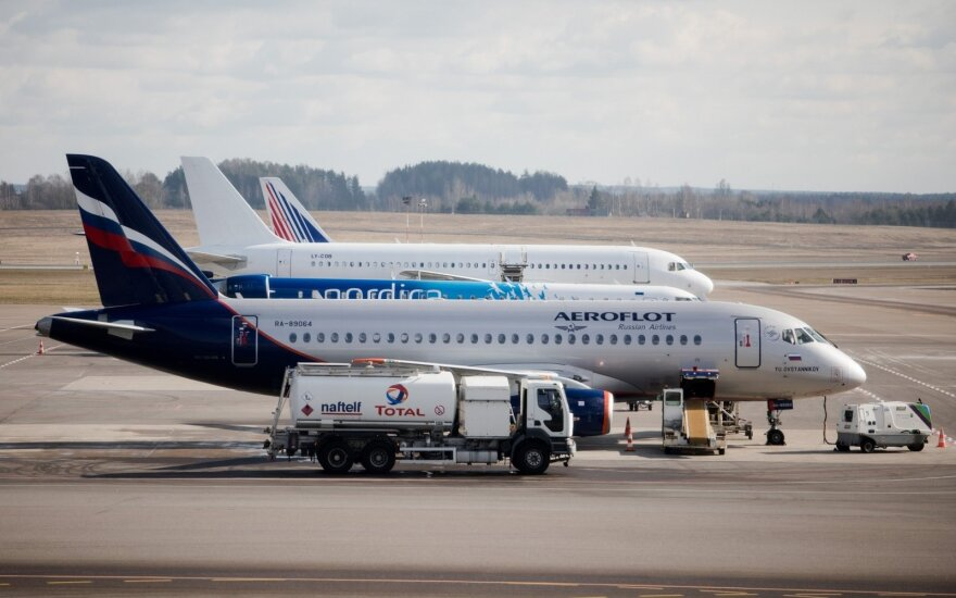 Dėl koronaviruso vasarį tikimasi aptarnauti mažiau tranzitinių skrydžių