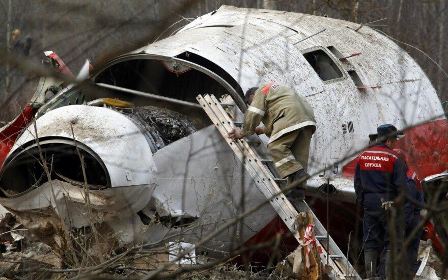 Buvęs Lenkijos ministras: Smolensko lėktuvo katastrofos priežastis – sprogimas