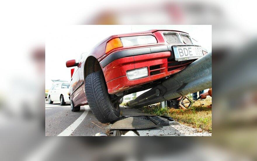 Drausmingas vairavimas kasko draudimo įmoką sumažina iki 40 proc.