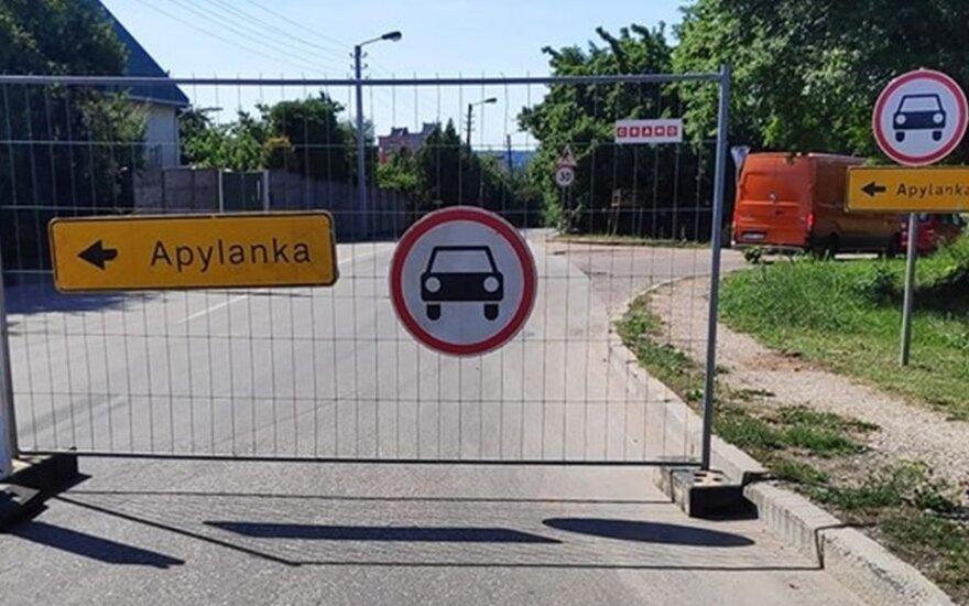 Apylankos ženklu pasipuošė dar viena gatvė: gyventojai sunerimę, kad baigia uždaryti visą Kauną