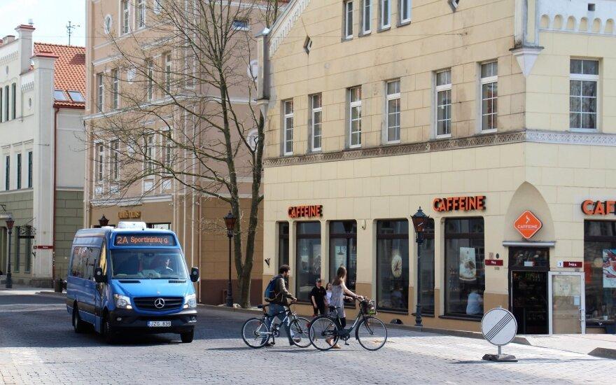 Pėstute, dviračiu ar autobusu? Pažinkite uostamiestį taip, kaip dar nekeliavote