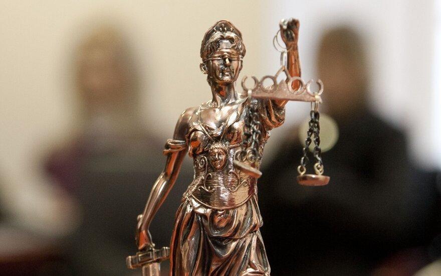 Zabulionis ir antrą kartą iš pareigų atleistas neteisėtai: negali susirasti darbo dėl mestų įtarimų