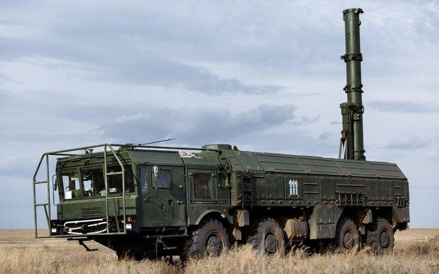 Rusija surengs daugiau raketų bandymų netoli Norvegijoje vykstančių NATO pratybų zonos