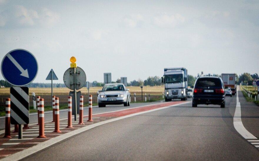 Nacionalinis kelių eismo taisyklių egzaminas – penktadienį DELFI portale