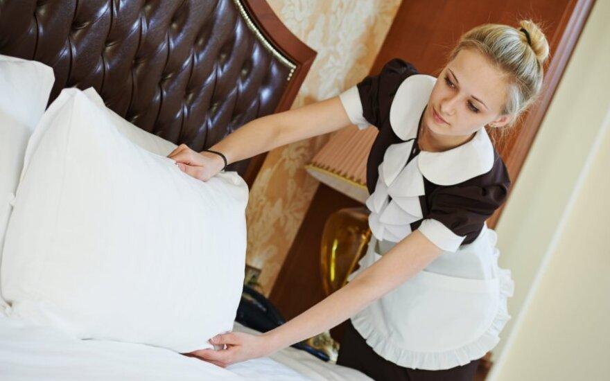 Viešbučių darbuotojai atskleidė paslapčių: kodėl nekeičia patalynės ir kas gauna geresnį kambarį