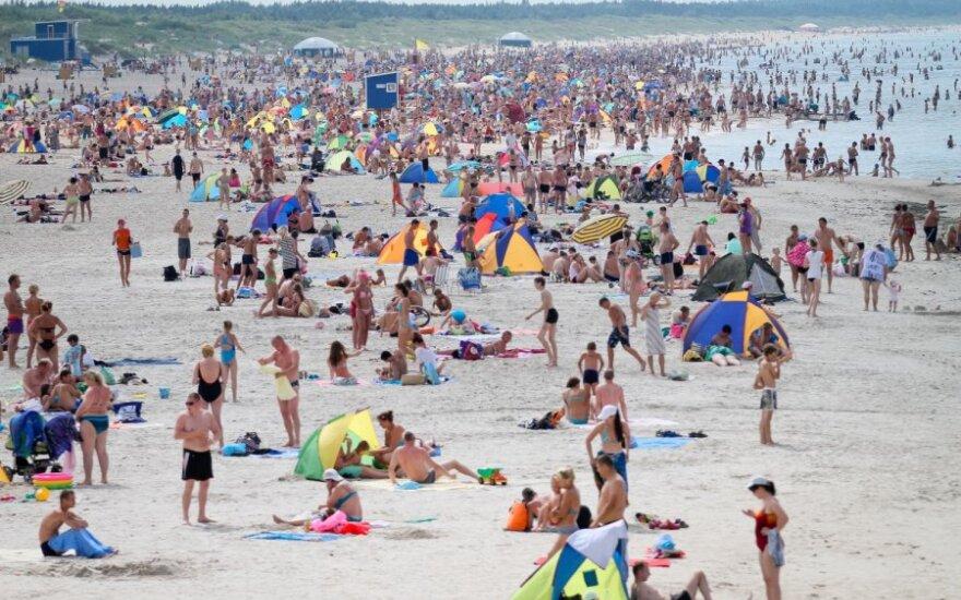 Palangos paplūdimys virto karo zona tarp verslininkų ir valdžios