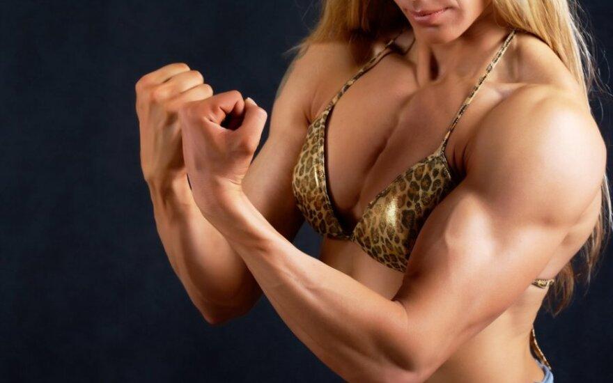 Po žlugusios santuokos britė nusprendė patobulinti savo kūną