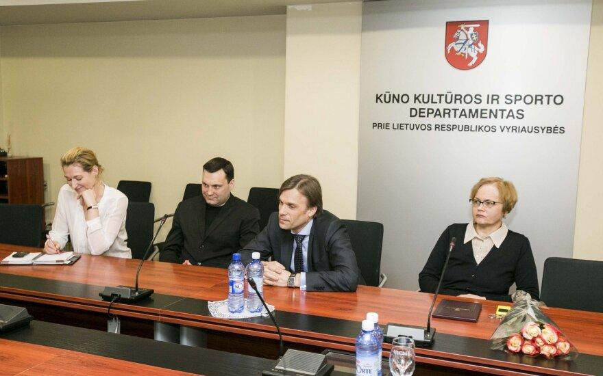 """Paskirstytos lėšos konkurso """"Sportuojanti bendruomenė"""" projektams"""