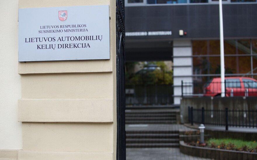Kelių direkcijai atliekant tyrimą laikinai nušalintas Zabulionis