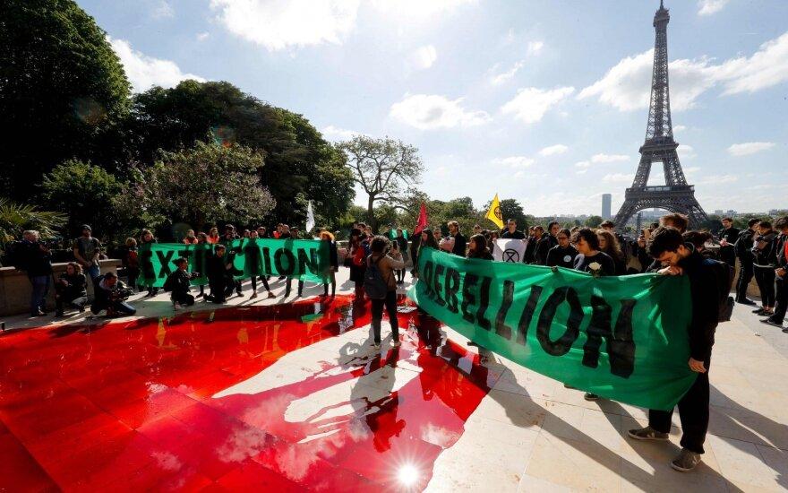 Protestas prieš rūšių nykimą Paryžiuje