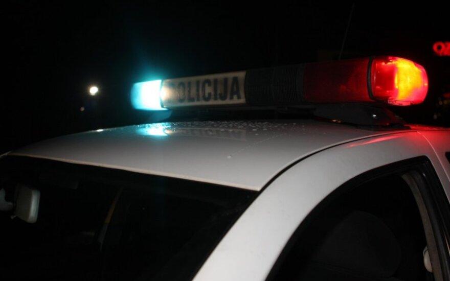 Klaipėdos r. policija prašo pagalbos ieškant moterį užmušusio vairuotojo
