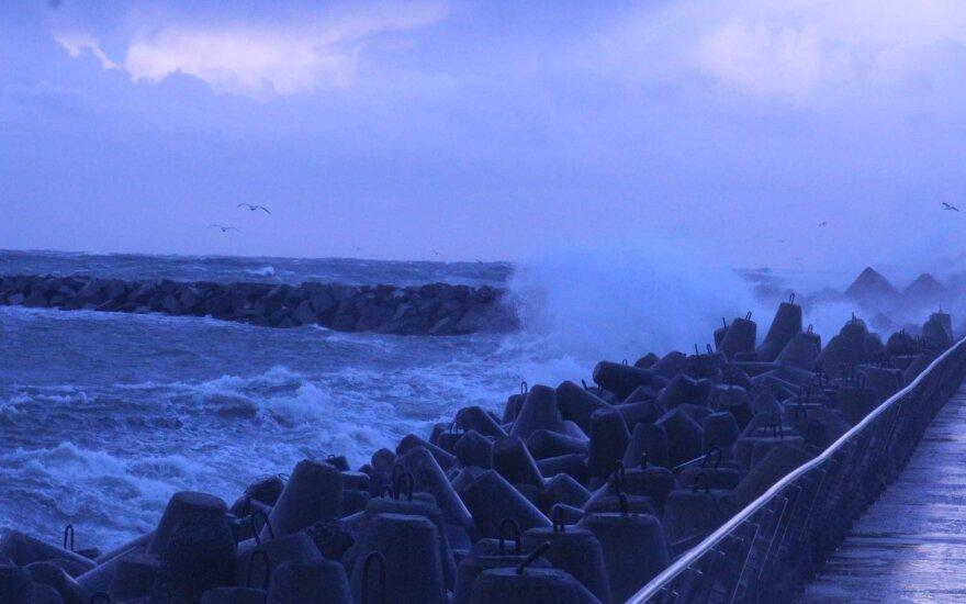 Pajūryje siaučia stichinis vėjas