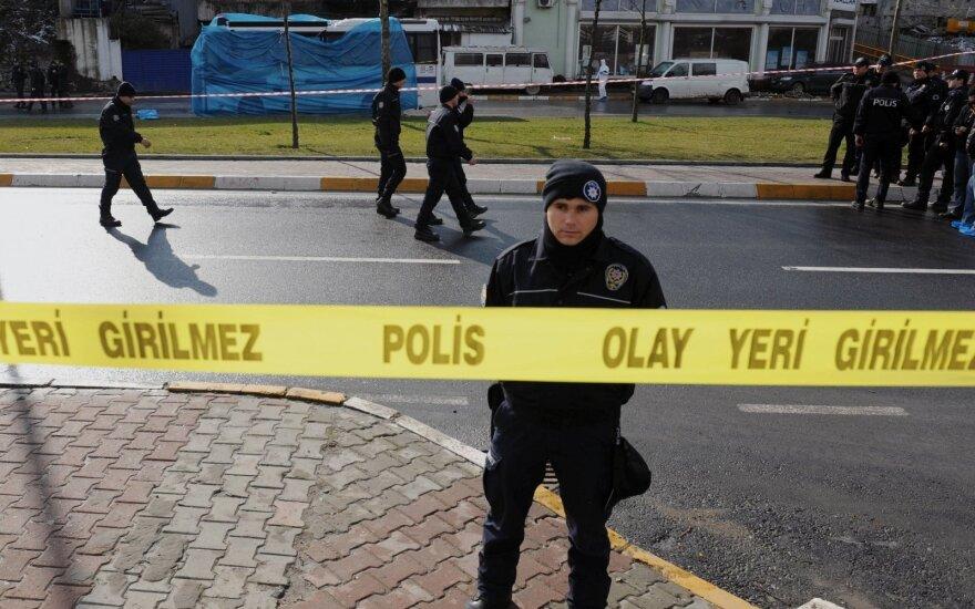 """Turkijos policija nukovė susisprogdinti ketinusį """"Islamo valstybės"""" kovotoją"""