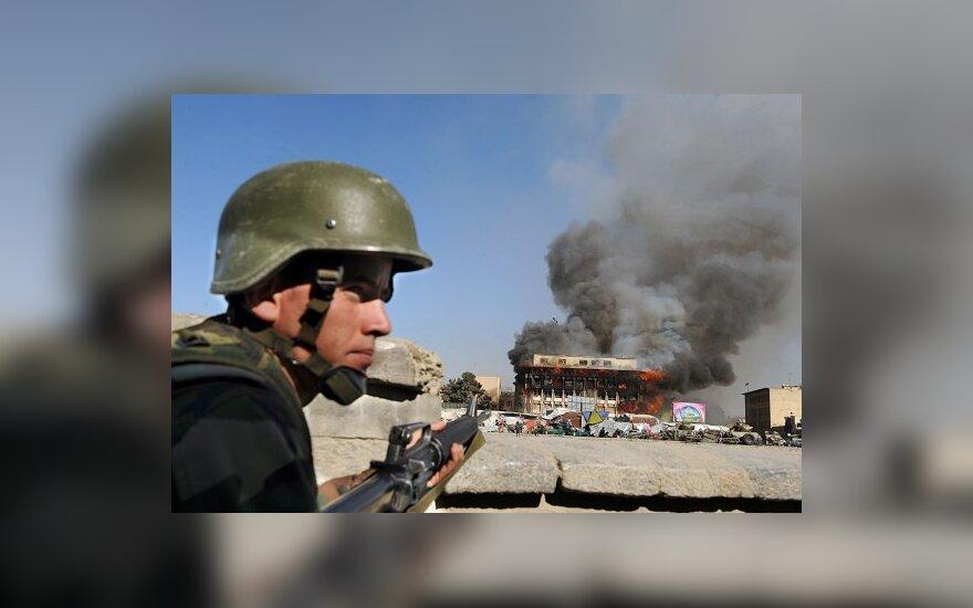 Olandija po ketverių metų išveda kariuomenę iš Afganistano