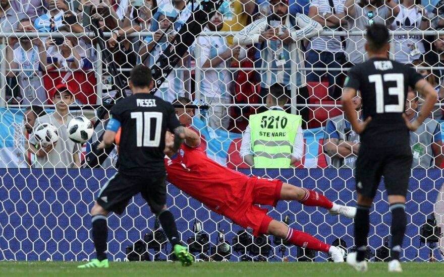Pasaulio vicečempionė Argentina neįveikė Islandijos – Messi neįmušė 11 m baudinio