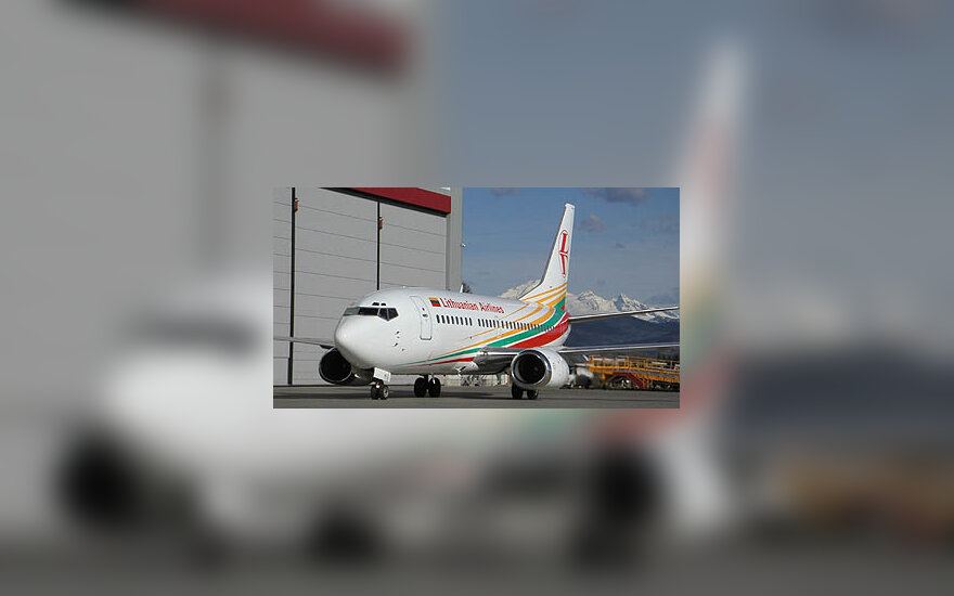 Boeing 737-500, LAL