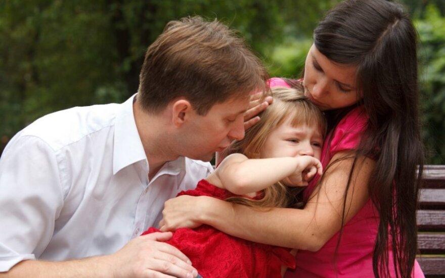 Didžiausios tėvų auklėjimo klaidos: kaip neišlepinti vaikų