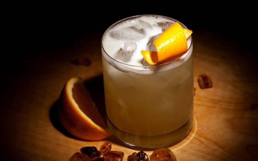 Whiskey sour kokteilis