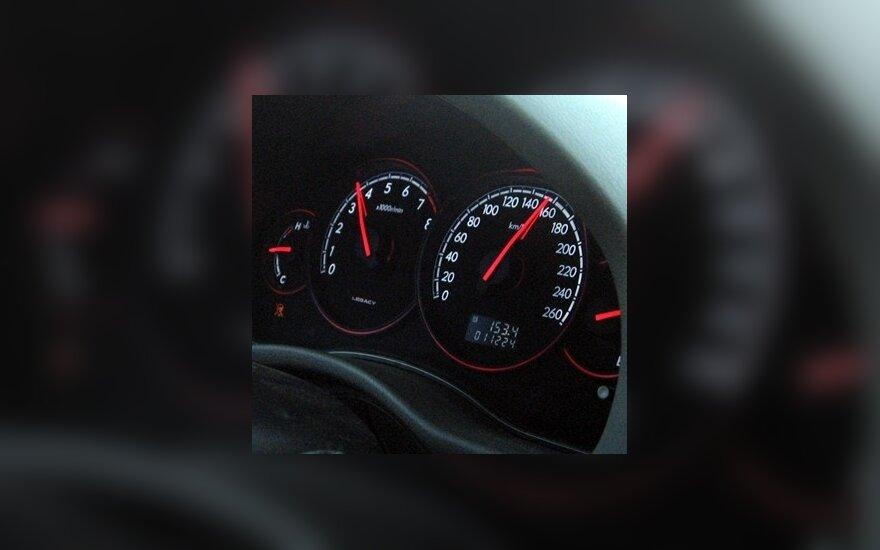 Kauniečių greičio rekordas – 106 km/val. Taikos prospektu