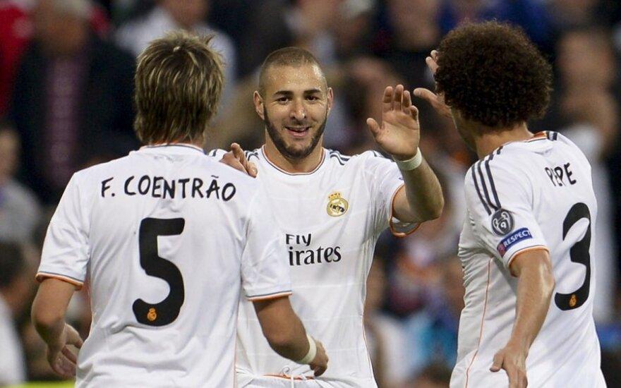 Karimas Benzema džiaugiasi įvarčiu