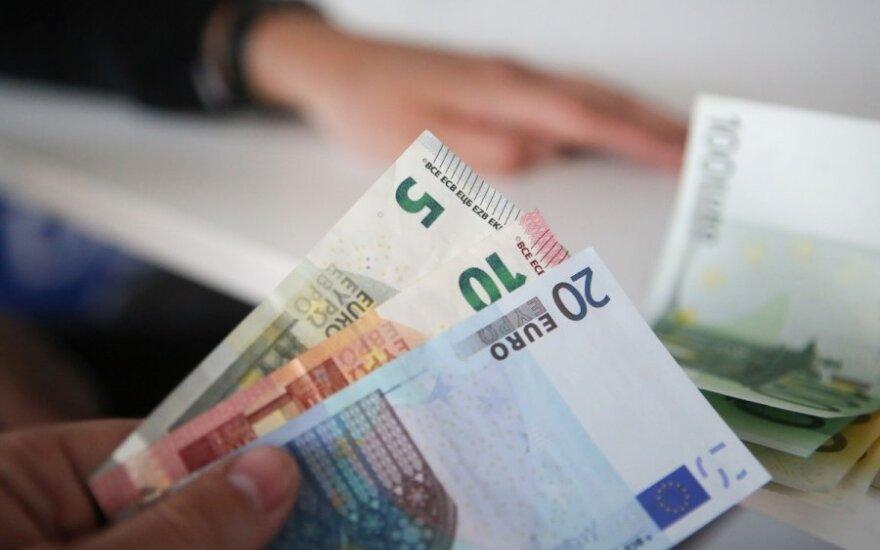 Papildomų baudų mažiau nei 1,289 karto algas padidinsiantiems darbdaviams neplanuoja