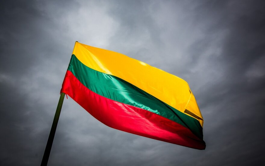 77 lietuvių kilmės asmenų iš viso pasaulio šlovės ir gėdos istorijos