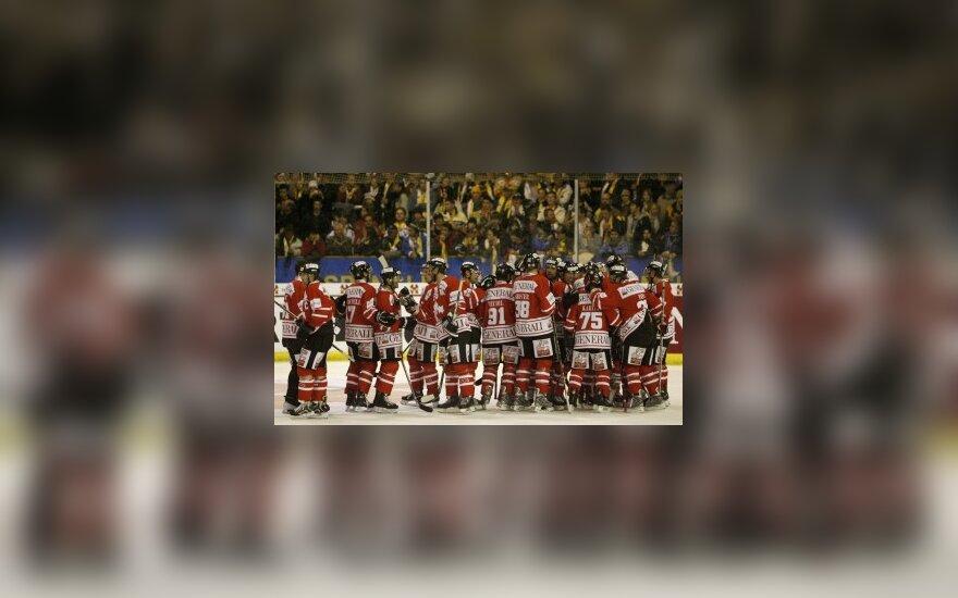 """Ledo ritulio """"Spengler Cup"""" turnyro finale - rusų ir kanadiečių akistata"""