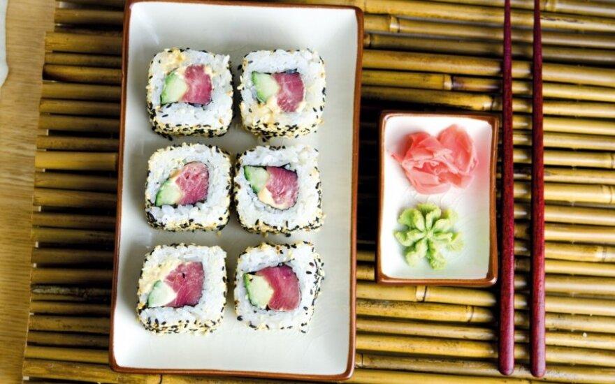 Uramakis su tunu ir aštriu padažu (Karai maguro)