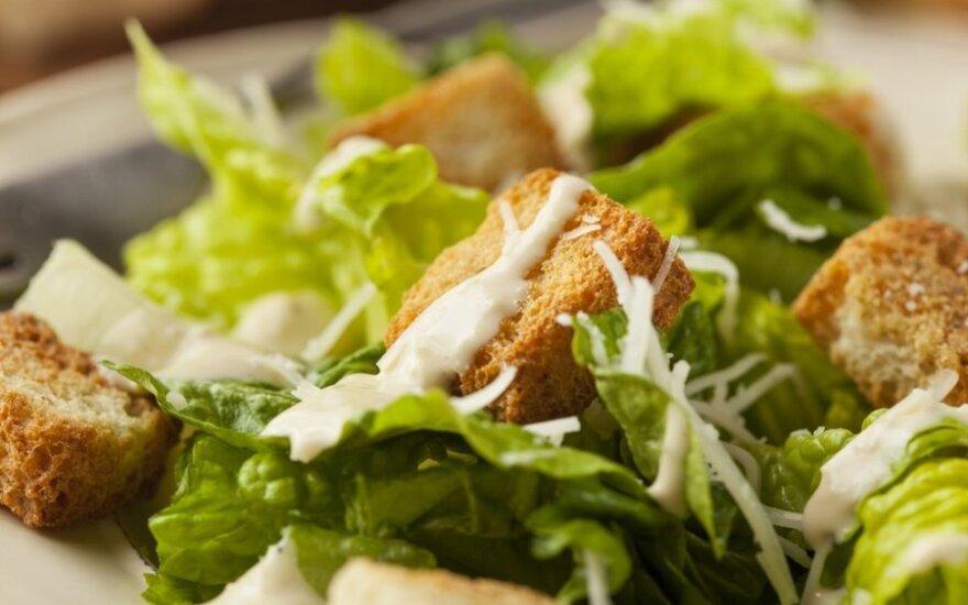 5 gaivių ir vasariškų padažų salotoms receptai