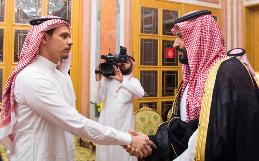 Princas Mohammedas bin Salmanas ir Jamalo Khashoggi sūnus