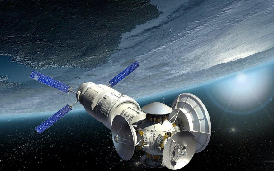 Kosminis palydovas - asociatyvi nuotr.