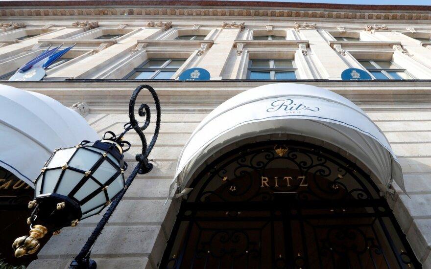 """Paryžiaus viešbutyje """"Ritz"""" Saudo Arabijos princesė pasigedo brangenybių"""