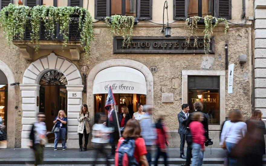 Turistai iš Europos viešbučių sugeba išsinešti pačių neįprasčiausių daiktų