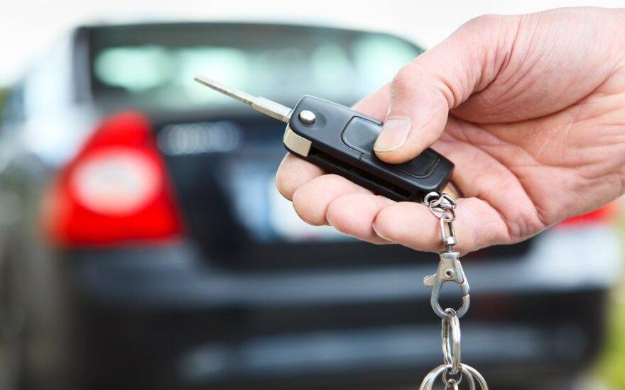 Automobilio rakteliai
