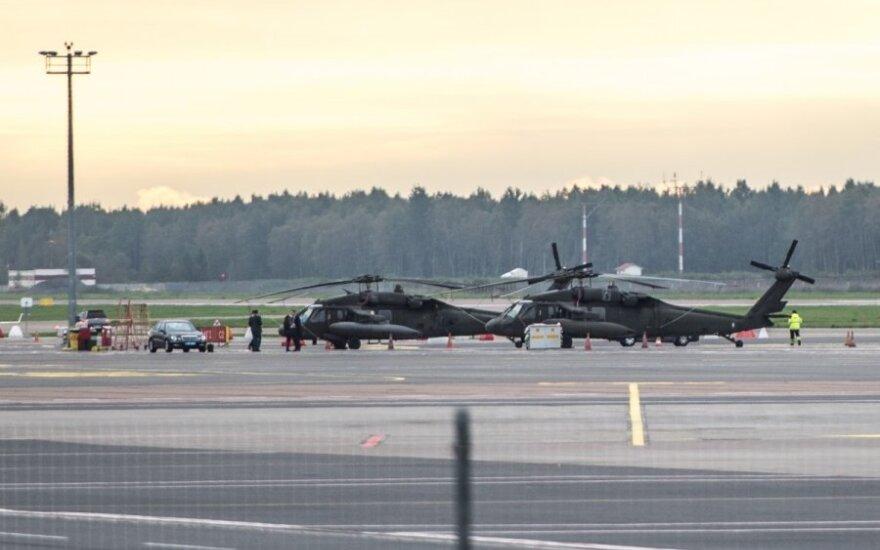 Taline – smogiamieji JAV kariuomenės sraigtasparniai