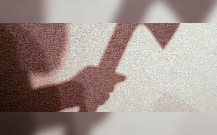 Santykių aiškinimosi ypatumai Prienuose: moteris kirviu žalojo mylimojo galvą