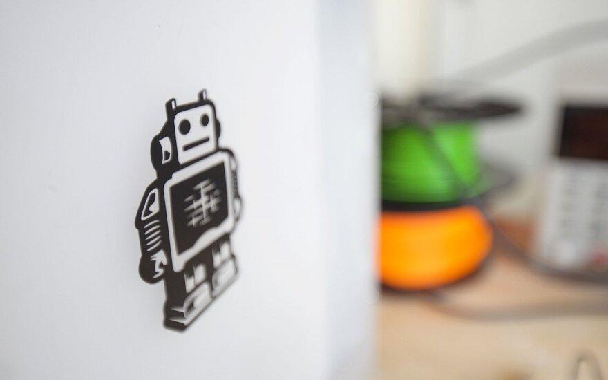 Balsavimas: išrinkite geriausią lietuvišką robotą