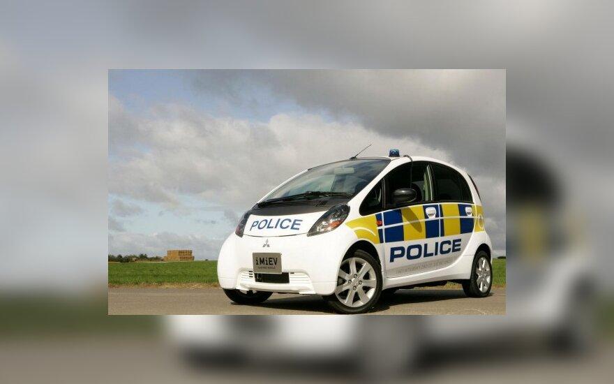 "Policijai skirtas ""Mitsubishi i-MiEV"""