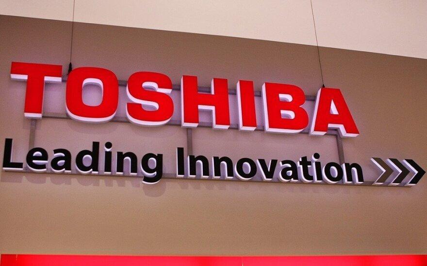 """""""Toshiba"""" per naujų akcijų išleidimą sieks 5,3 mlrd. dolerių padidinti kapitalą"""
