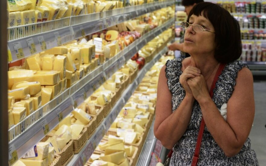 Russian authorities stop attempt to smuggle Lithuanian cheese