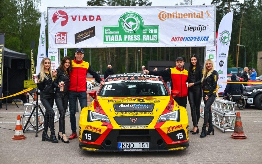 """Palangoje duotas startas """"Viada Press Rally 2019"""""""