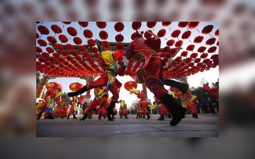 Kinijos ženklas Lietuvai: ar jau laikas kelti taures?