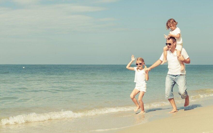 Vasaros atostogos su šeima: 7 kelionių kryptys autobusu