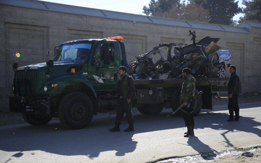 Afganistane per Talibano ataką žuvo 12 sukarintų pajėgų narių