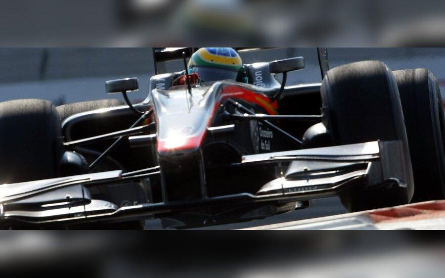 """HRT komandos """"Formulės-1"""" automobilis"""